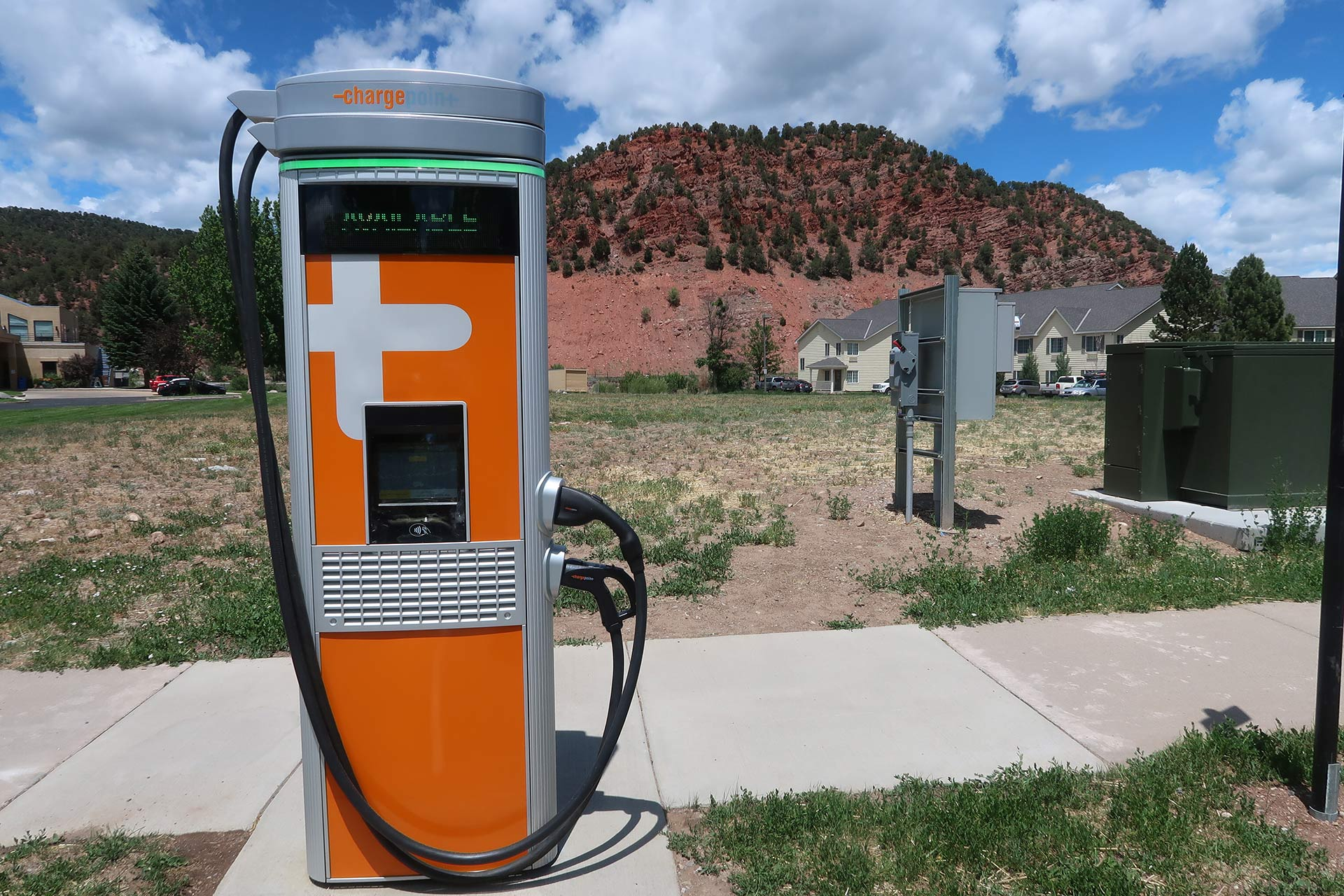 holy cross energy intalls level 3 fast electric vehicle charger - carbondale colorado